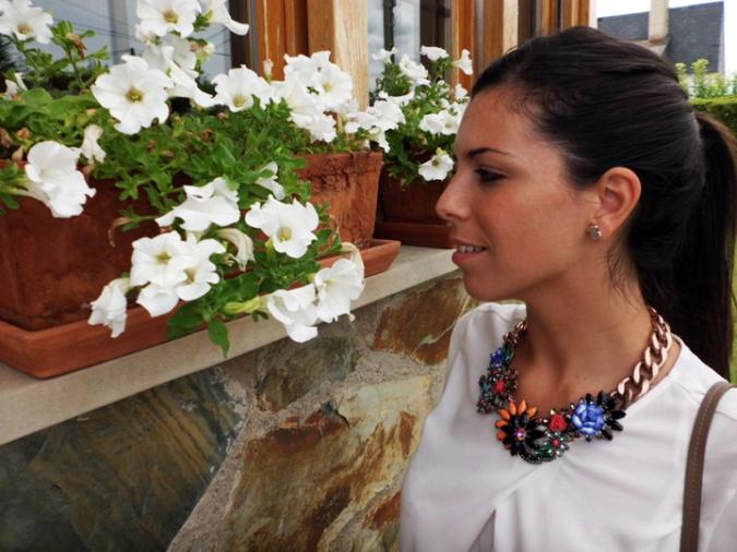 collar flores joya zara