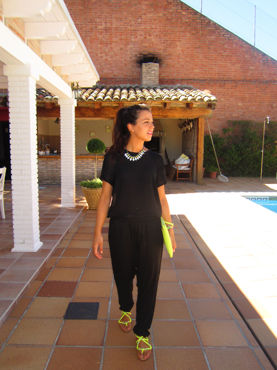 outfit negro y lima